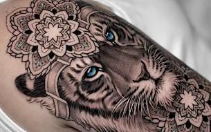 mandala tatouage lion femme